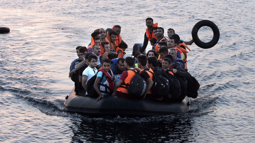 refugee boat Aug 2015